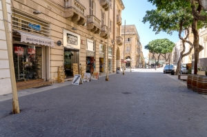 Valletta retailers, associations at odds on how to revitalise business
