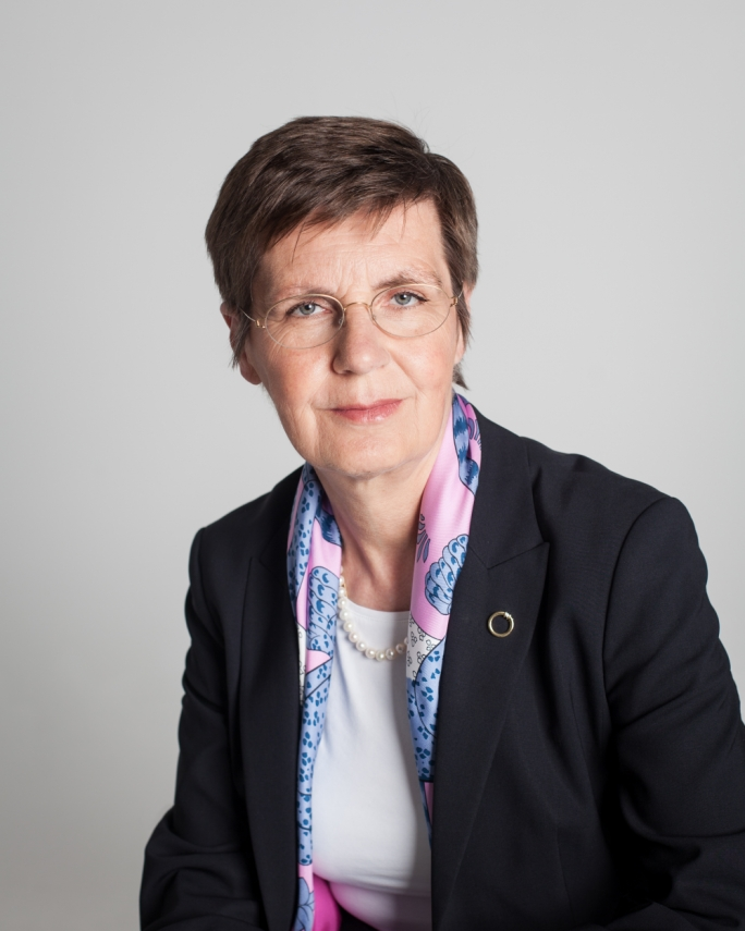 INTERVIEW | Elke König: The fire brigade that wants to ensure European banks can be resolved